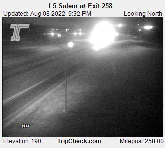 RoadCam - I-5 at Salem - Exit 258
