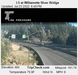 RoadCam - I-5 at Willamette River Bridge