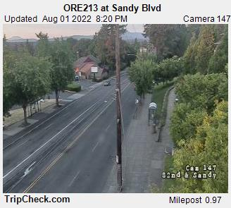 RoadCam - ORE213 at Sandy Blvd