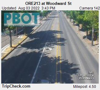 RoadCam - ORE213 at Woodward St
