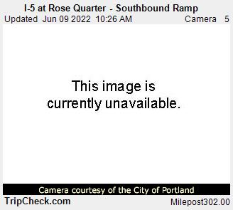 RoadCam - I-5 at Rose Quarter - southbound  ramp