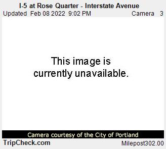RoadCam - I-5 at Rose Quarter - Interstate Avenue