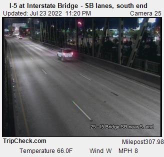 RoadCam - I-5 at Interstate bridge, S/B lanes, south end